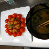 今日のランチはPM3,ケチャップごはんに山下順二さんのミニトマト。