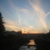八王子谷地川上空にUFO接近の予感!