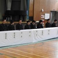 生徒総会および前期生徒会役員選挙が行われる