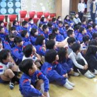 全校朝礼は、表彰と冬休みの話でした!