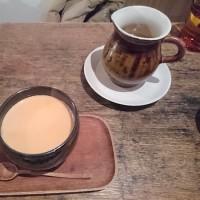 東白楽・カフェ ドゥース で チャイ