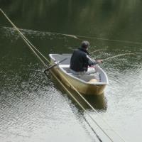 円良田湖のワカサギ釣りの試し釣りが行われました。