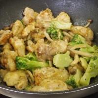 料理教室戸塚塾で「鶏肉と野菜のマヨポン炒め」を作った