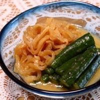 蓮根入り鶏団子のあんかけうどん&烏賊とセロリの中華炒め