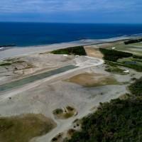 第54回 消える大砂丘 日本三大砂丘の一つ中田島砂丘が防潮堤建設で消えようとしている。
