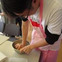 本場中国の餃子を作る