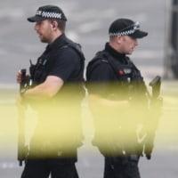 英警察、テロ関連で7人逮捕 実行犯の弟もリビアで摘発