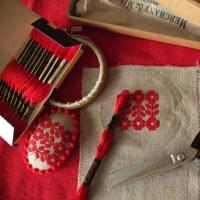 刺繍 冬の赤