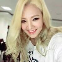 ヒョヨンの「Mystery」のティザー映像が流れ、SM事務所の愛を感じます。ヒョヨンのソロデビュー。練習生時代のスターであったヒョヨンが少女時代を支え続けて9年。JYPも応援してくれていると思います