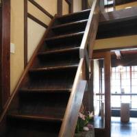 階段 高山の茶店の階段