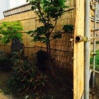 店の坪庭に新作よしず塀
