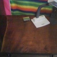制作したのに300年前にタイムスリップ?、昔ありそうな机です