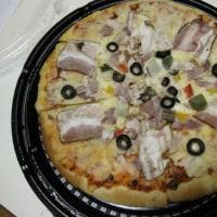 大判ピザ 2回に分けて食べた