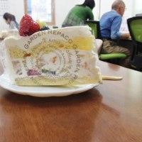 レパコガーデンのケーキの巨大化が止まらない