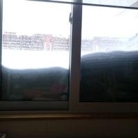 札幌は大雪、車も何十年ぶりかでスタックしました