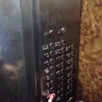 アフリカのエレベーター事情(4)~人情エレベーター