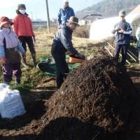 自然菜園スクール2016最終日(堆肥の切り返し、畑のお手入れ)