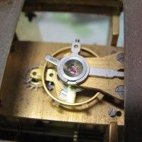 スイス製の置き時計の修理をしました