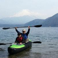 家族で本栖湖へ行って、カヌーをしました