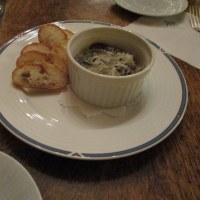 牡蠣の燻製のチーズ焼き