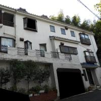 神奈川県川崎市のお客様、カルセラ部分張り+塗装工事、着工致しました。