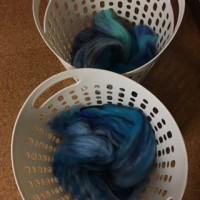 青系メリノウールの毛糸。