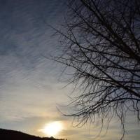 やがて太陽が西の空に沈んでいきました。 (Photo No.13986)
