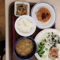 久しぶりに、学食のお昼を食べました