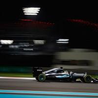 F1アブダビGPのFP2はハミルトンが再び首位。12点リードのロズベルグが僅差で続く