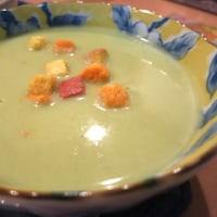 新緑のようなスープは… ^_^