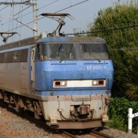 島本駅では EF200を2機撮影