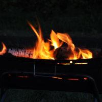 焚き火3(ヨシ)