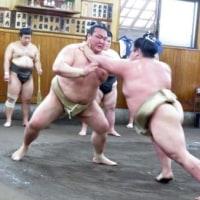 「稀勢の里「負けじとやりました」阿武咲と三番稽古」とのニュースっす。