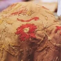 中村彝のブルーズの「自画像」と「椅子によれる女」