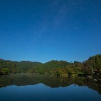 月明かりの八塩ダム(東由利)