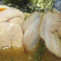 極上煮干し鶏そばで、赤丸急上昇中の「やまだ邸」、14時32分に店内へ!すみません閉店(14時30分)です。