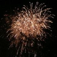 楽しいランチと今年初の花火