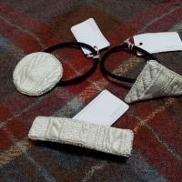 Lapin101(ラパンイチマルイチ)さんの芸術的なビーズと刺繍のニット模様のヘアアクセ♪