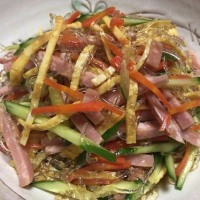 晩ご飯☆鶏なんこつの唐揚げ&プチプチ海藻麺の中華サラダ☆