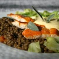 ハドックポッシェ、レンズ豆、キャベツのブレセ の献立