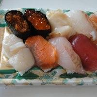 魚信の寿司でランチ♪