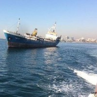 故障した貨物船が傾斜  イスタンブール