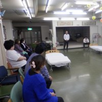 特別養護老人ホーム愛寿園にて  動作ケアの勉強会2クール2回目