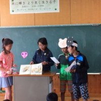 5年生から2年生へ読み聞かせ 3組・4組