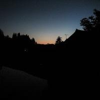 夜のとばり