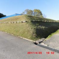 〈土手の草刈り・2017〉がスタートしました。