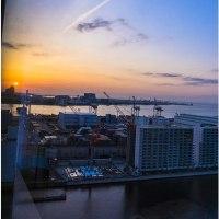 第一ホテル東京シ-フォ-ト23階から朝陽を望む