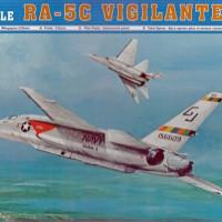 RA-5Cヴィジランティ 製作仕切り直し