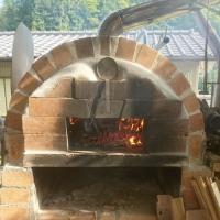今年初のピザ焼き