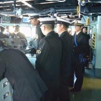 出航と作業艇揚収〜護衛艦「あきづき」体験航海